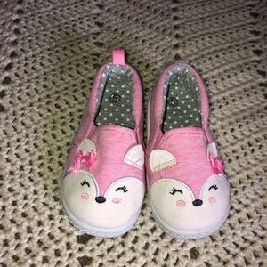 Cute little pink fox shoes- size 5